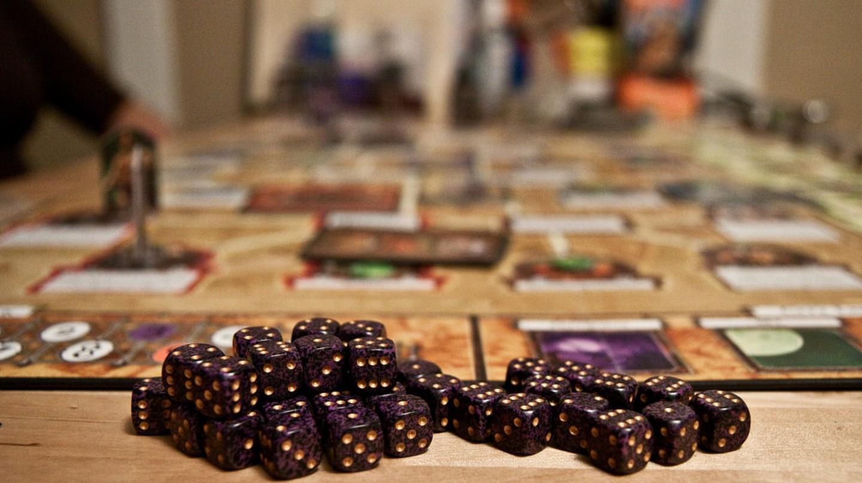 Board game night | © Geoffrey Fairchild / Flickr