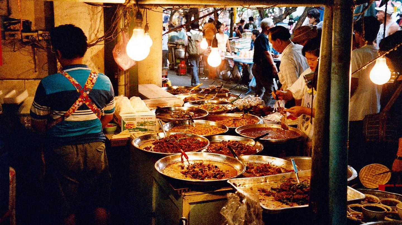 Street restaurant in Bangkok | © Oleg Sidorenko / Flickr