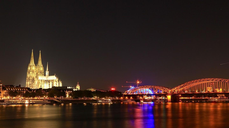 Cologne   © MaxWaidhas / Pixabay