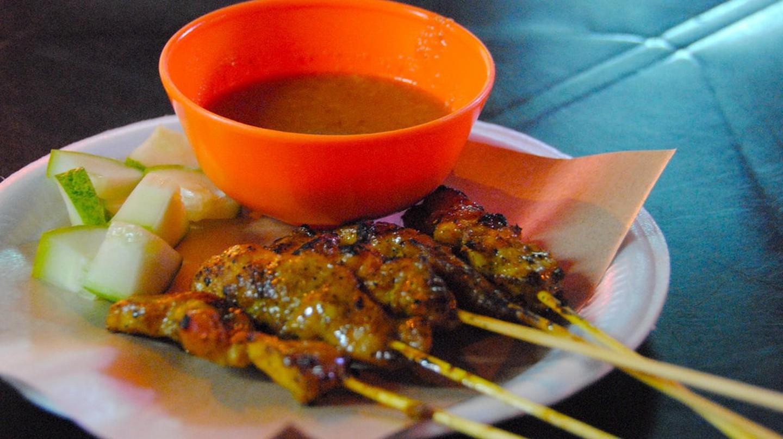 Chicken satay, Melaka | © LWYang/Flickr