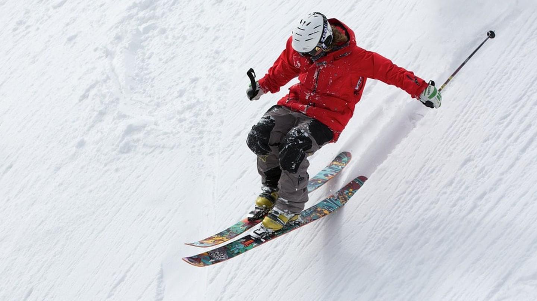 A skier   © Up-Free / Pixabay