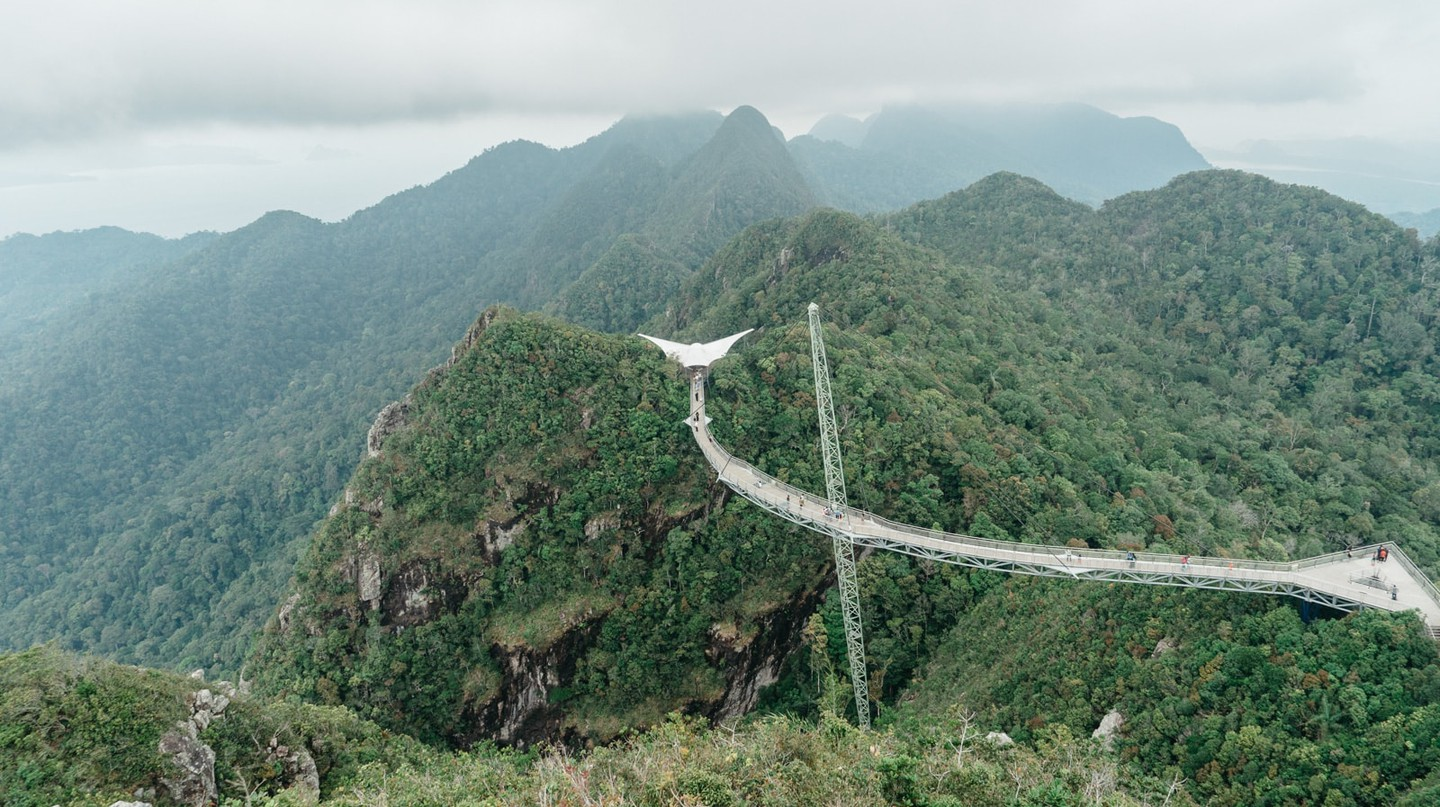 Great view of the Sky Bridge on a clear day | Irene Navarro / © Culture Trip