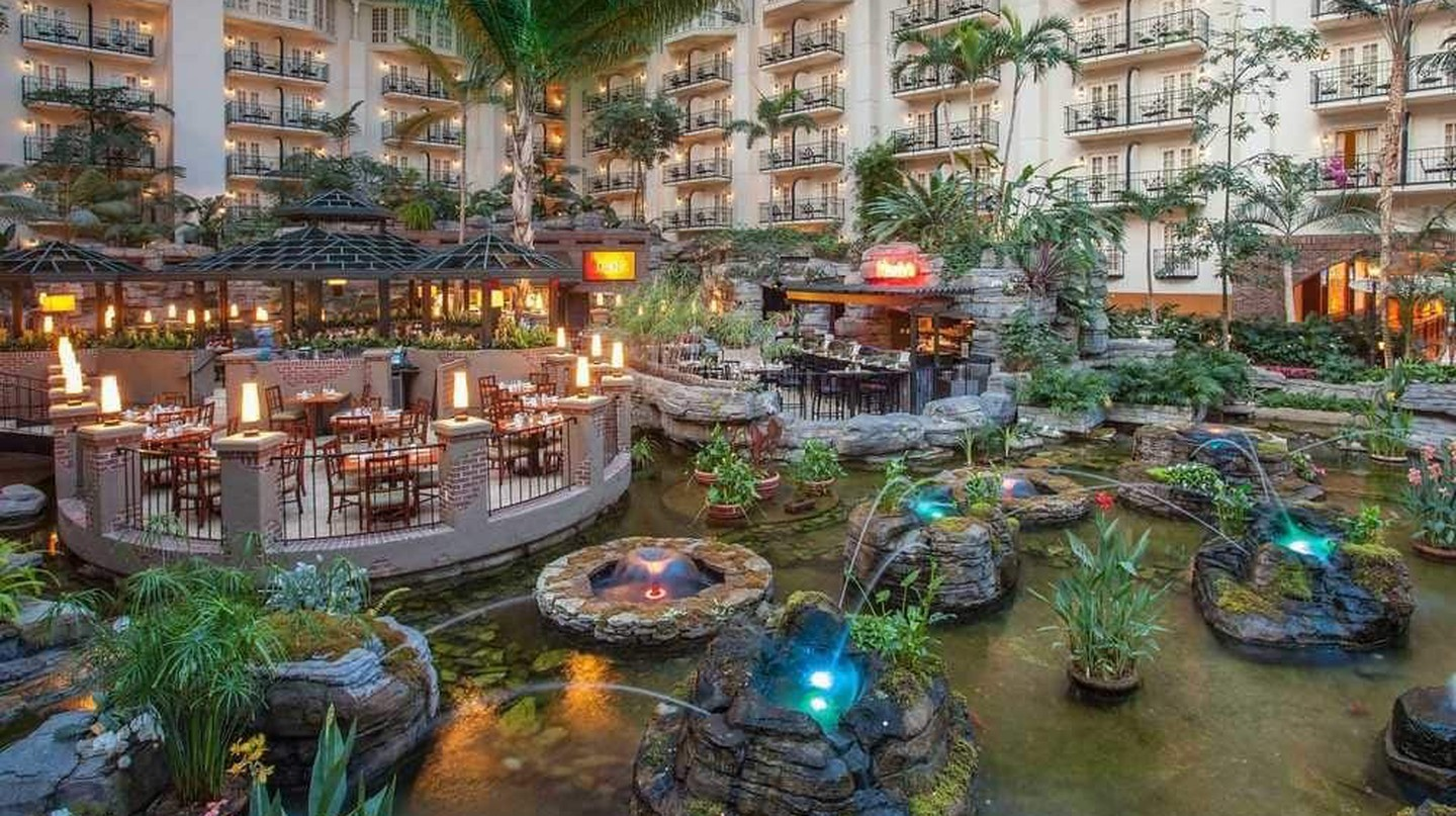 Nashville's Music Valley: 10 Things To Do in Opryland