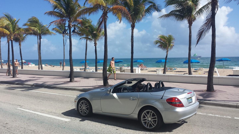 Cruising through Miami Beach | © erikaalvesm0 / Pixabay