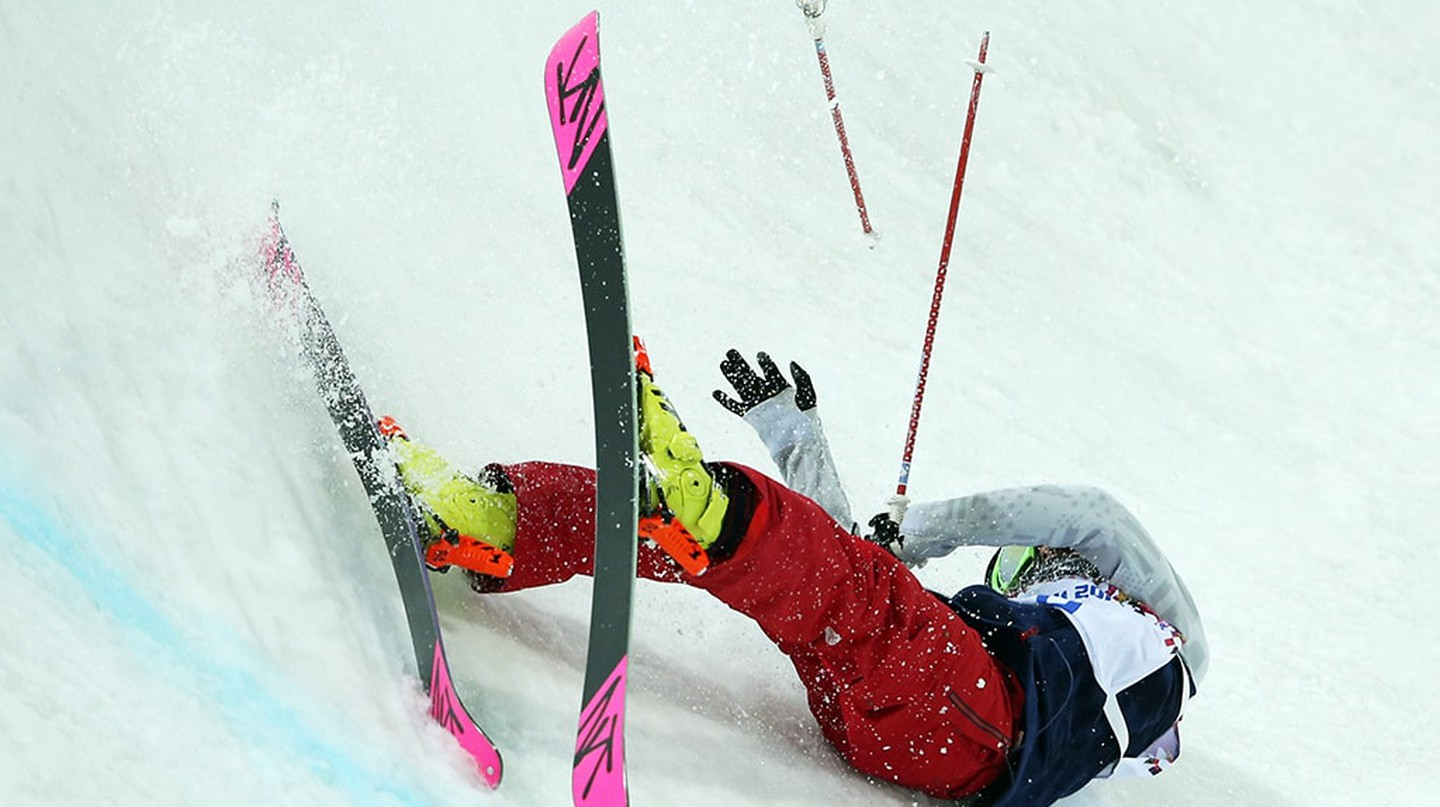 Brita Sigourney of the United States crashes during the women's ski halfpipe final at the 2014 Winter Olympics in Sochi, Russia | © Sergei Grits/AP/REX/Shutterstock