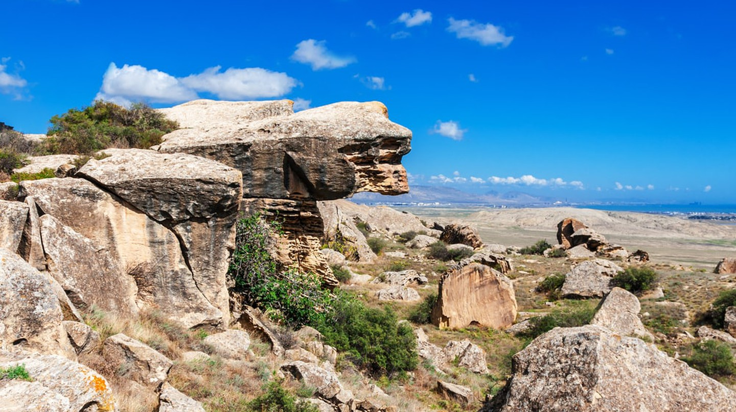 Rocks and view Gobustan National Park | © kerenby/Shutterstock