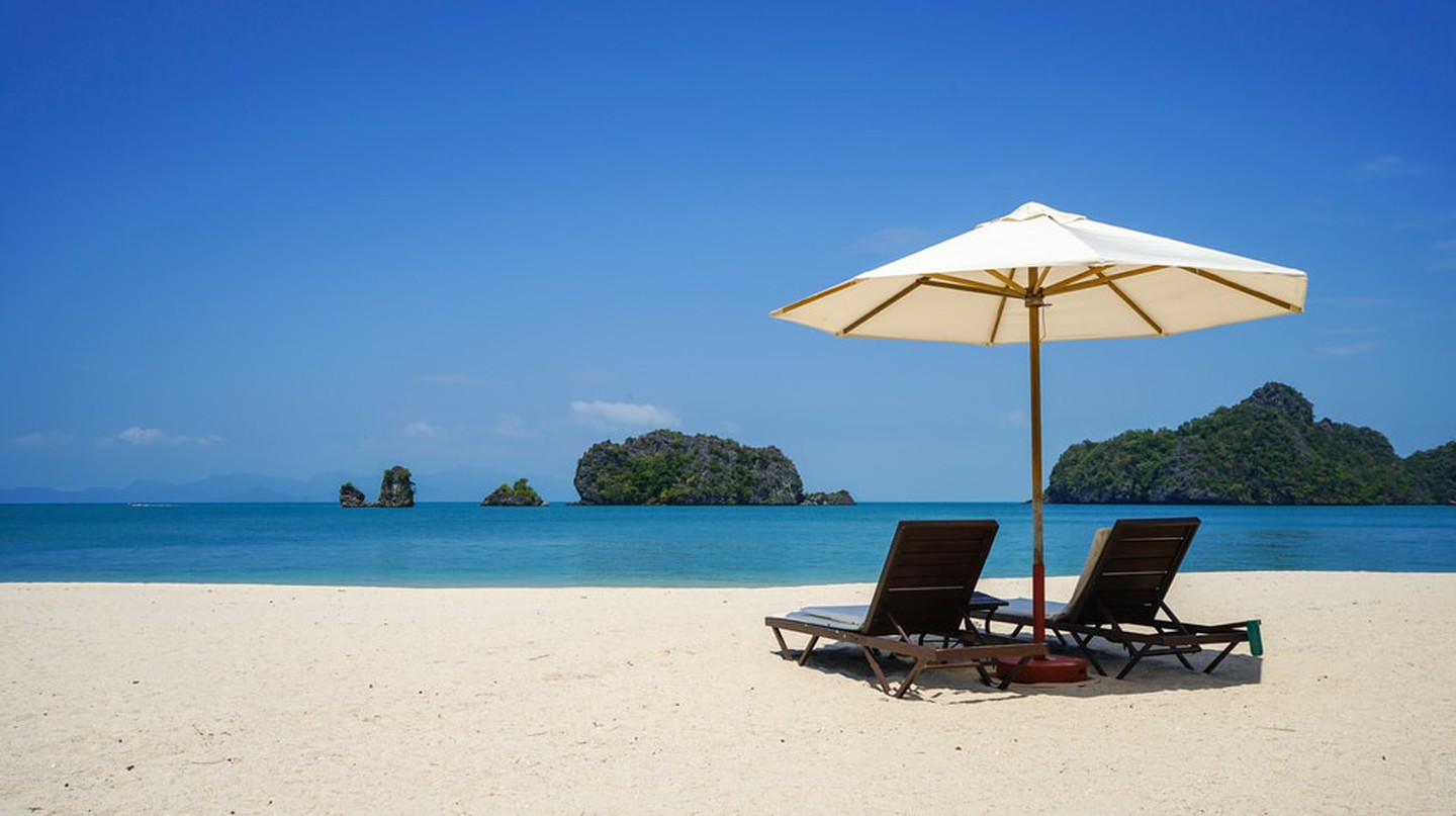 Beach in Tanjung Rhu | © Alan Tan Photography/Shutterstock