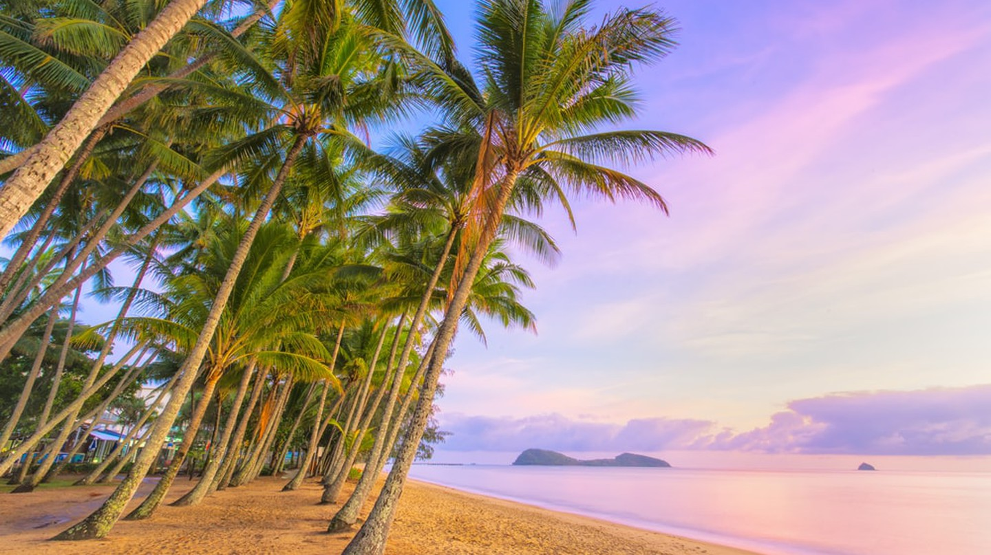 Palm Cove at sunrise | © Darren Tierney / Shutterstock