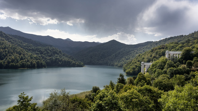 View of Lake Goygol | © Rolf G Wackenberg/Shutterstock
