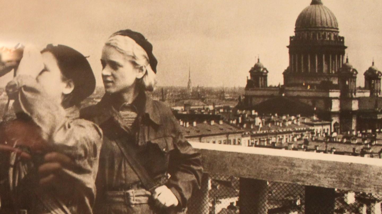 Photographs from besieged Leningrad | © Wikimedia Commons