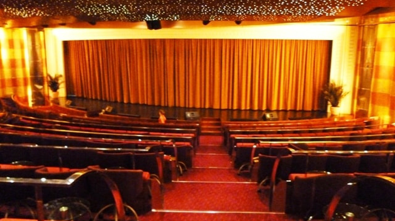 Inside a cinema   © Iqbal Osman / Flickr