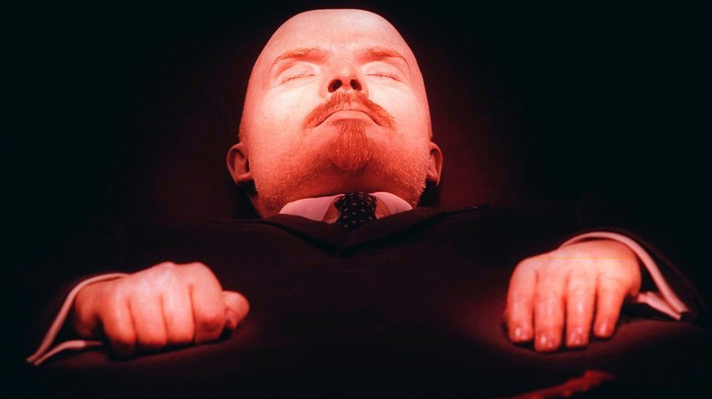 Vladimir Lenin, lays embalmed in his tomb in Moscow's Red Square |© Larry Koester / Flickr