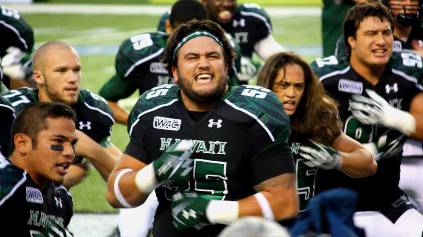 University of Hawaii Warriors performing the haka
