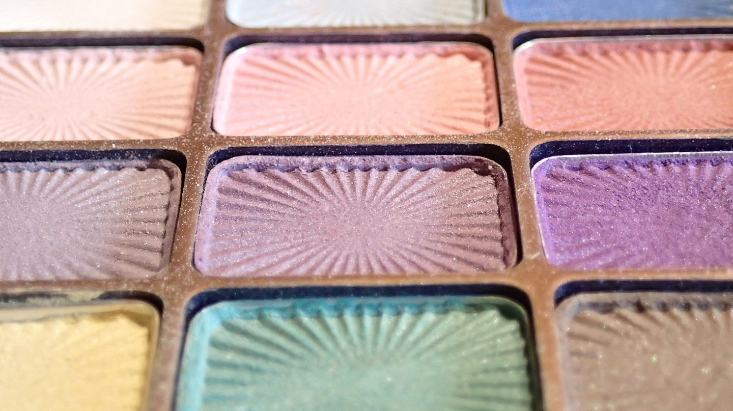 Makeup and beauty trends are huge in the Middle East