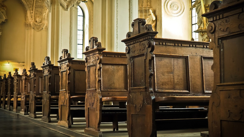 Church pews | © MichaelGaida / Pixabay