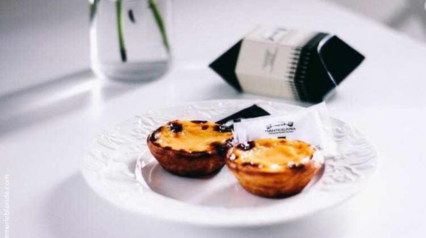 Pastéis de nata at Manteigaria