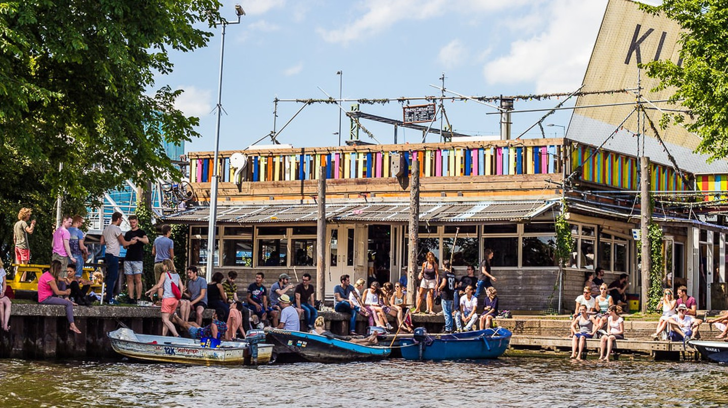 Hannekes Boom is a beach hut-style bar in the centre of Amsterdam