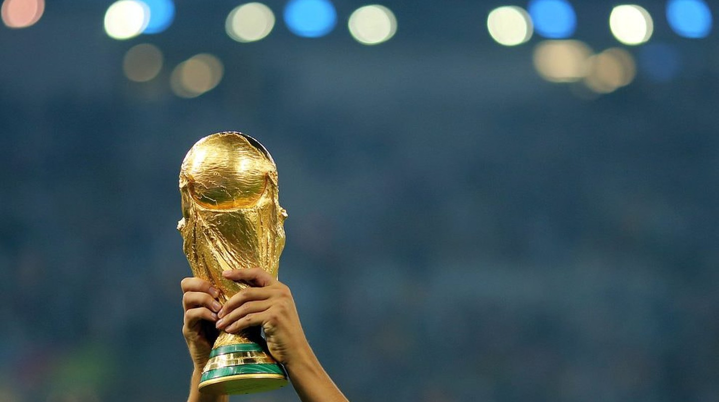 World Cup trophy | © AGIF/Shutterstock