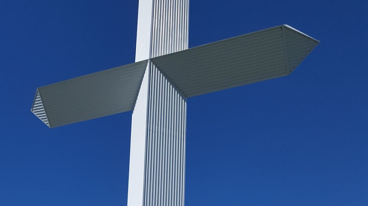 The World's Largest Cross in Effingham, Illinois | © Clara1978 / WikiCommons