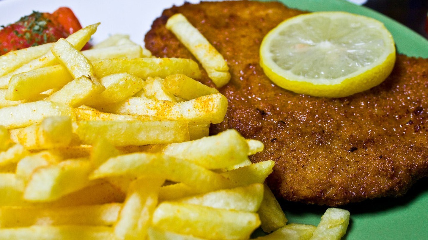 Schnitzel and chips