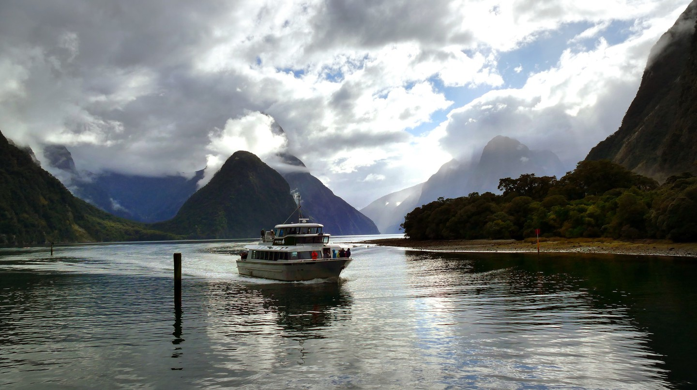 Cruising Milford Sound