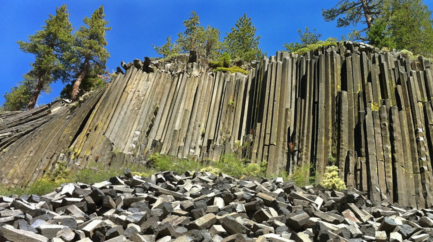 Devils Postpile in Mammoth Lakes