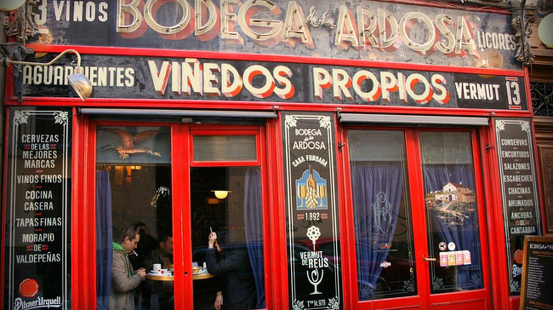 Bodega la Ardosa opened in 1892