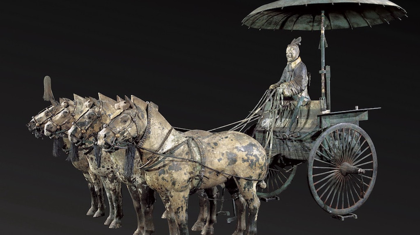 Chariot No. 1 with Horses (replica), Qin dynasty (221–206 BC), bronze, pigment, Excavated from Pit of Bronze Chariots, Qin Shihuang's Mausoleum, 1980, Emperor Qin Shihuang's Mausoleum Site Museum. Image courtesy of the Cincinnati Art Museum.