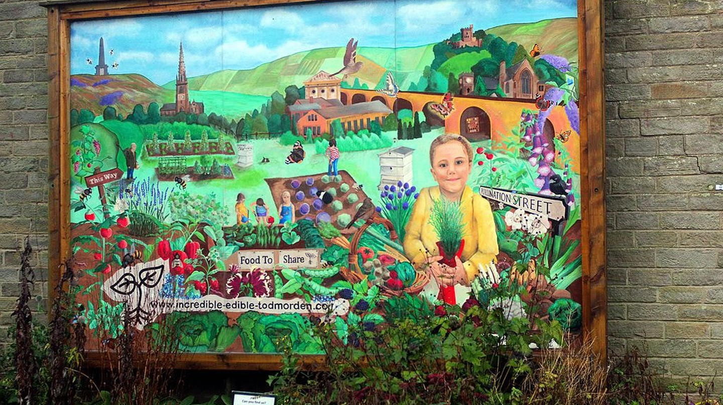 Incredible Edible signage in Todmorden