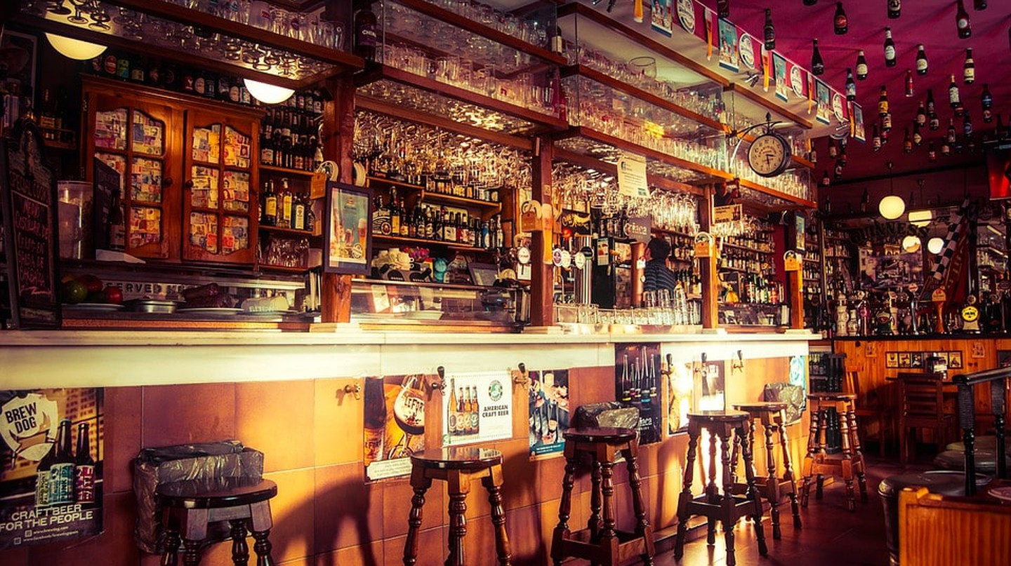 Is It Illegal to Be Drunk in a Pub in the United Kingdom?