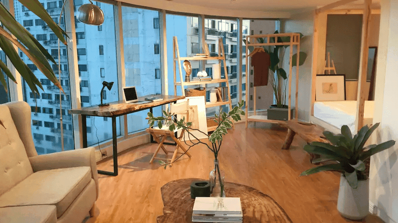 Stylish Makati studio with stunning city views