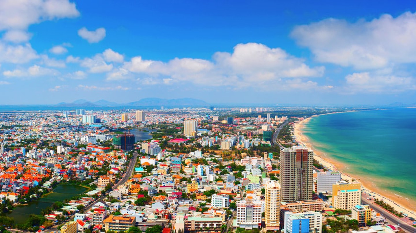 The East Sea meets Vung Tau, Vietnam