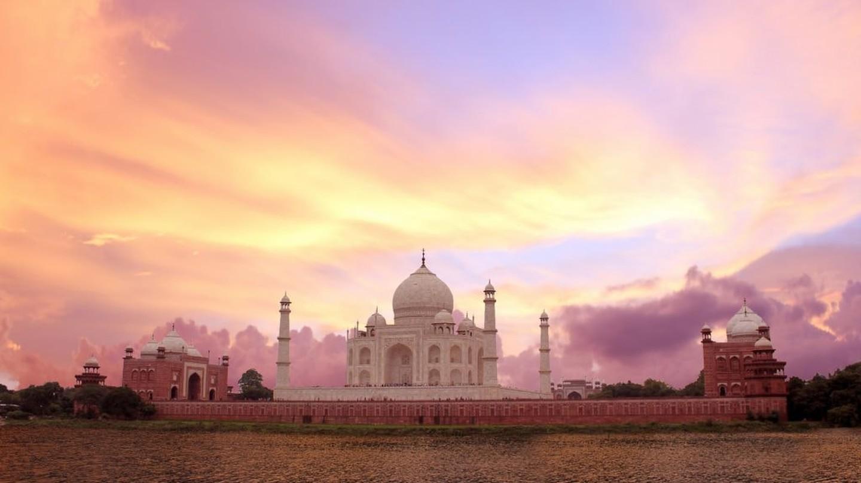 Sunset view of the Taj Mahal