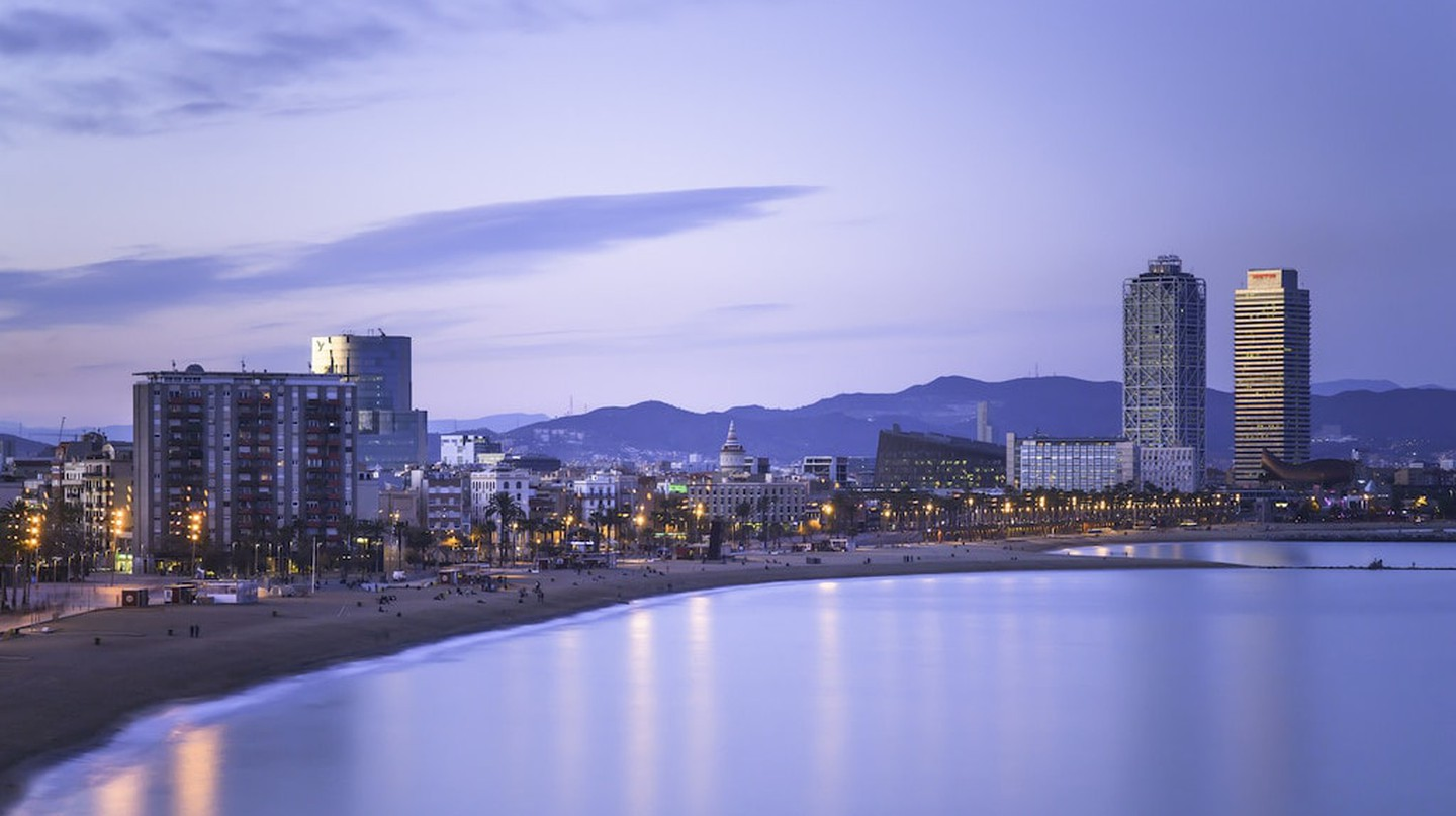 View of the Barceloneta © Jimmy Baikovicius