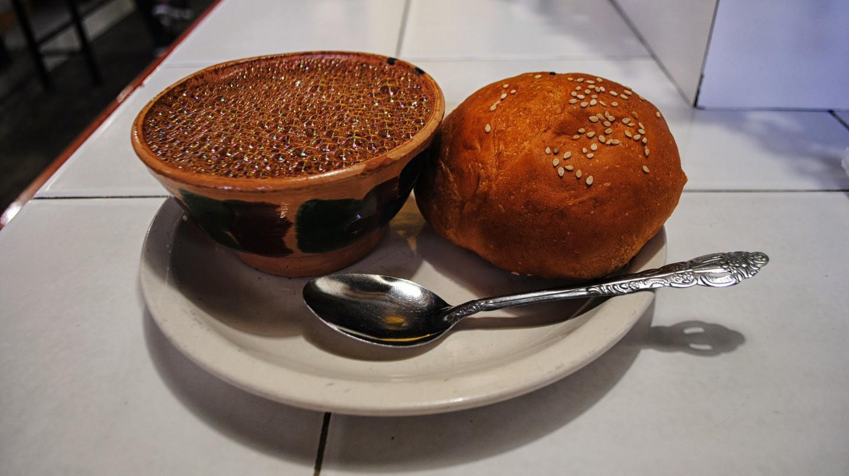 Pan de yema and hot chocolate