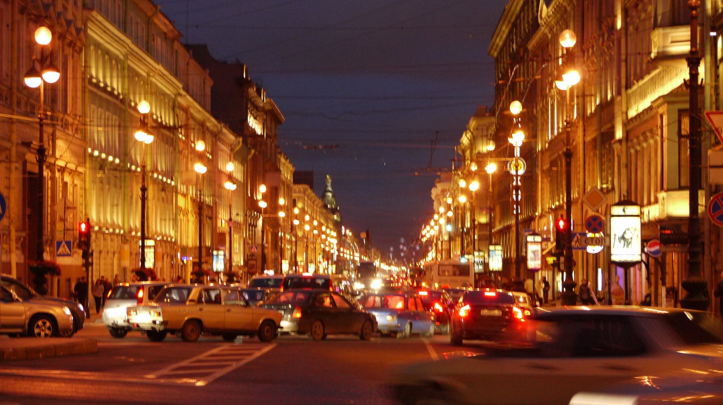 Traffic in St Petersburg | © marc_smith/Flickr