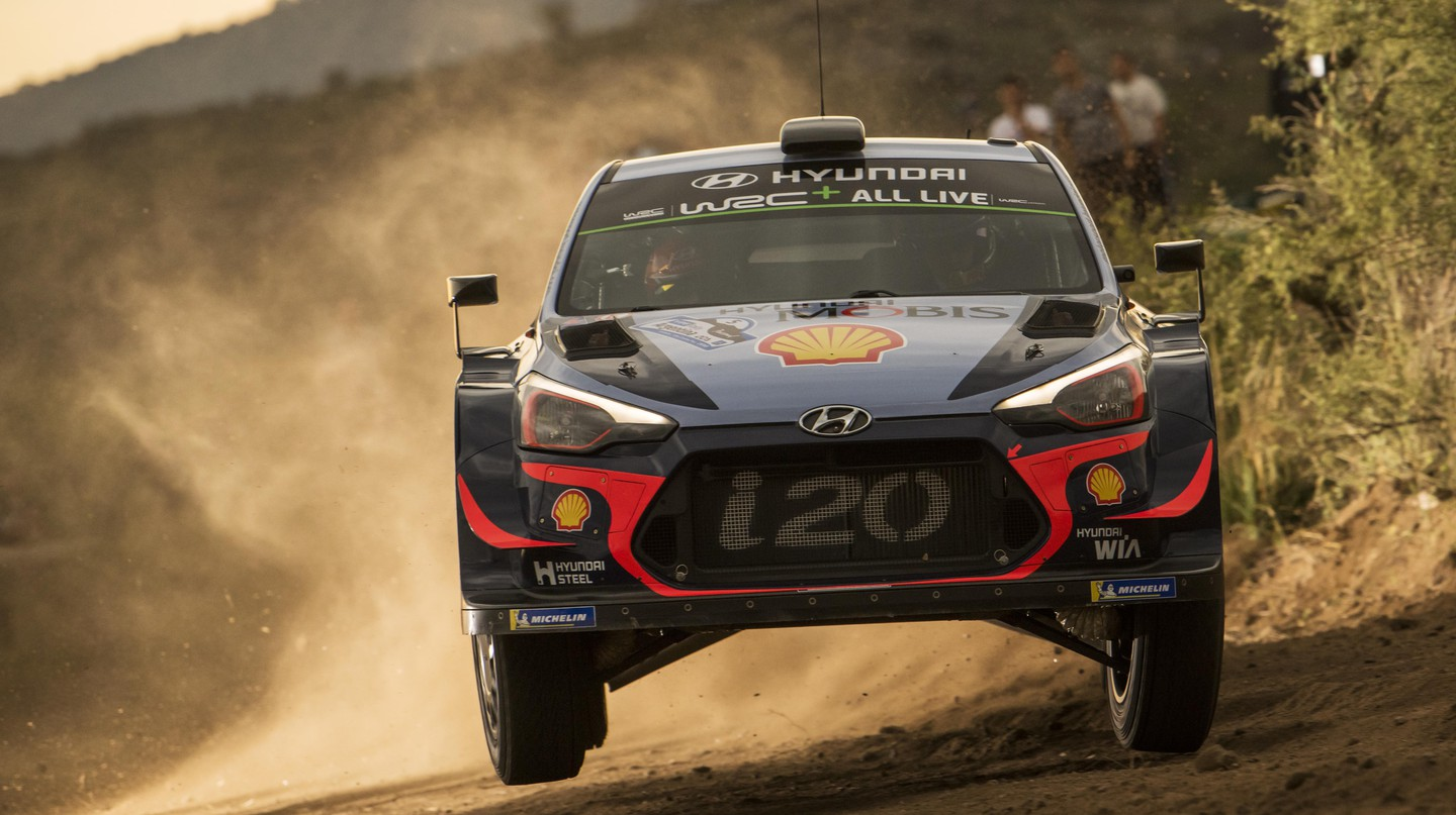 Thierry Neuville in action.