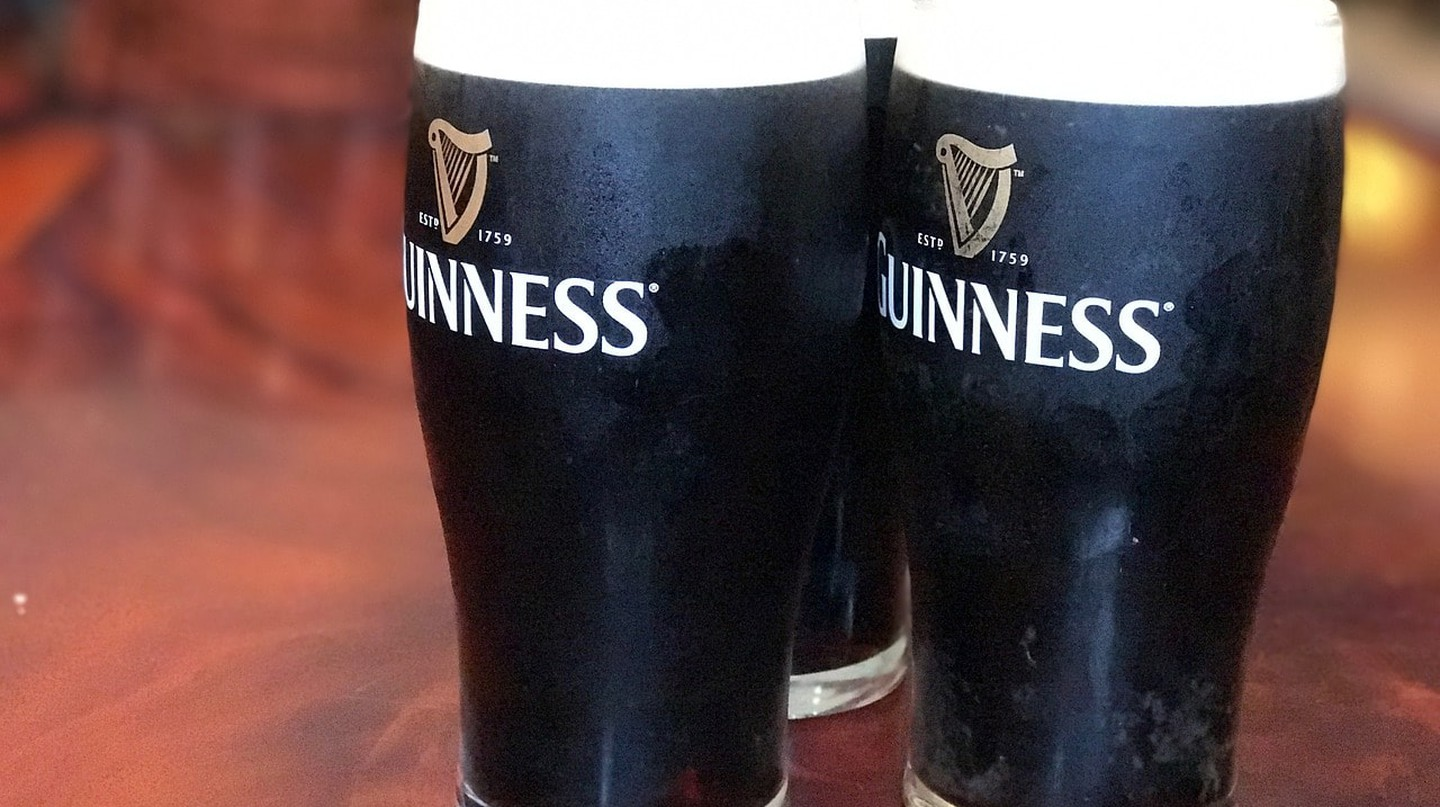 Pints of Guinness | © RyedaleWeb/Pixabay