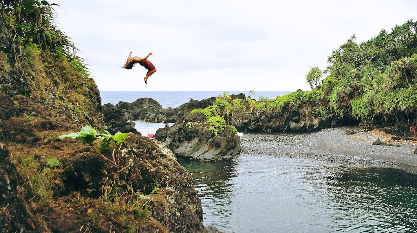 Cliff jumping in Hana, Maui