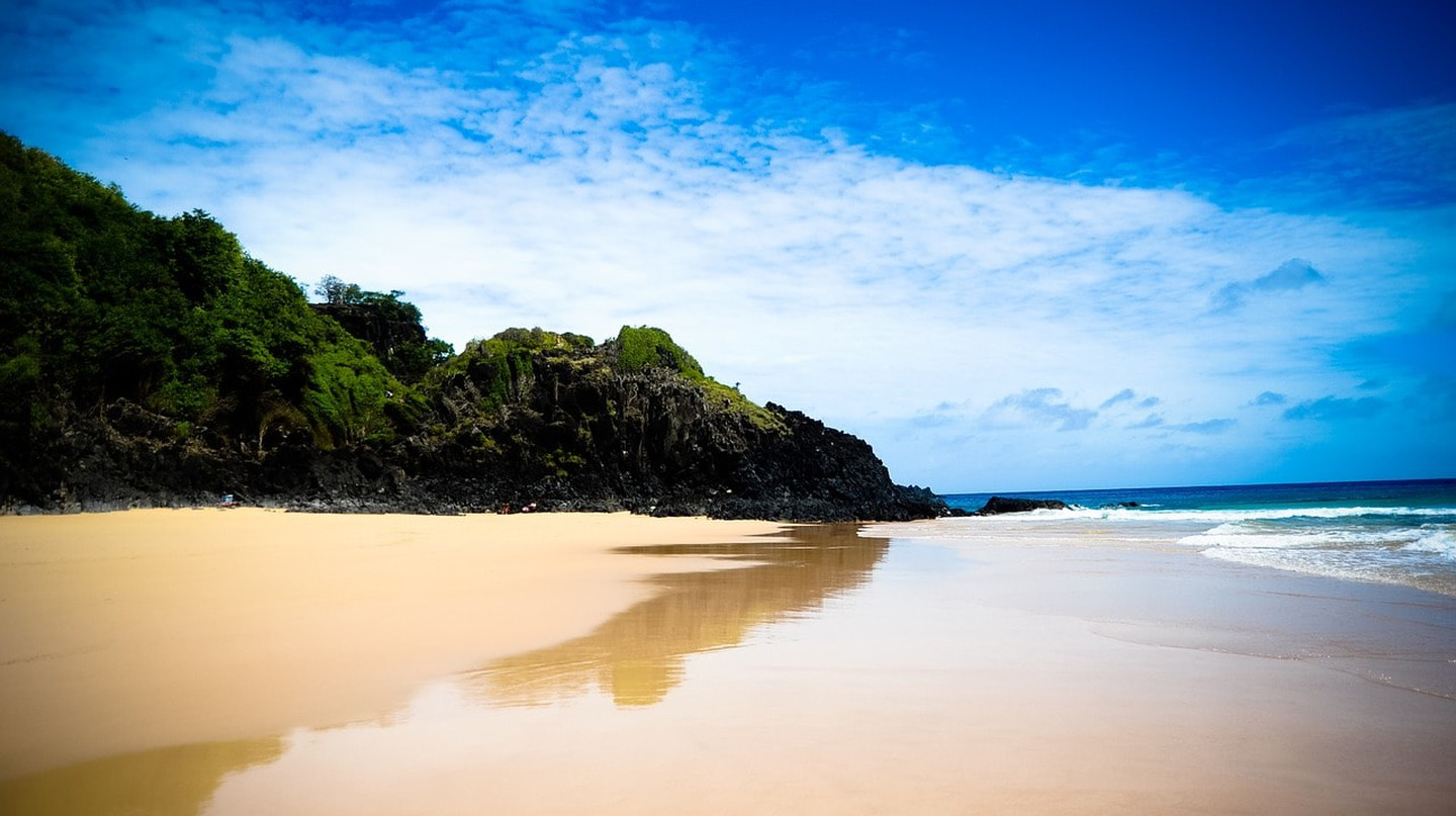 The picturesque scenery of Fernando de Noronha