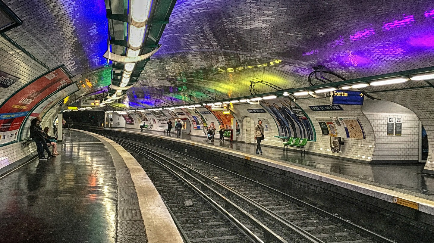 The mayor of Paris wants free public transport in the city