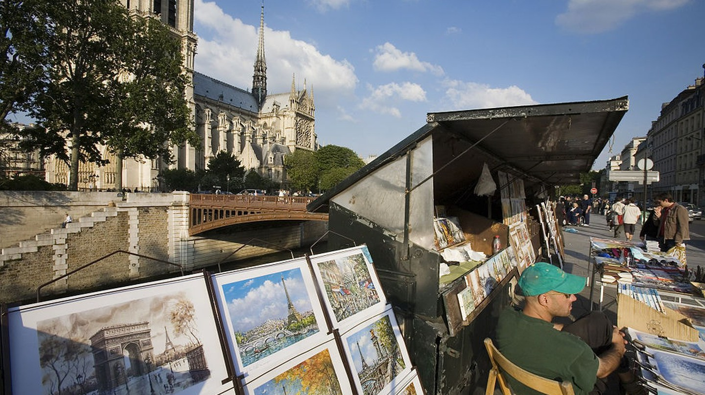 The Seine booksellers|© Jorge Royan/ WikiCommons