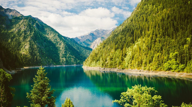 Rhinoceros Lake, Sichuan