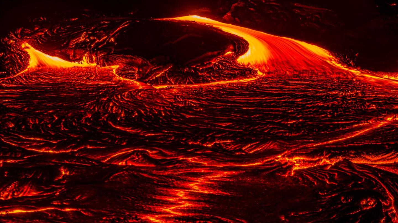 Lava advancing from Kilauea