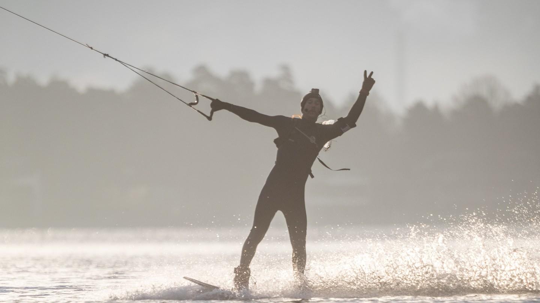 Erkka Lehtonen breaks the world record in wakeboarding