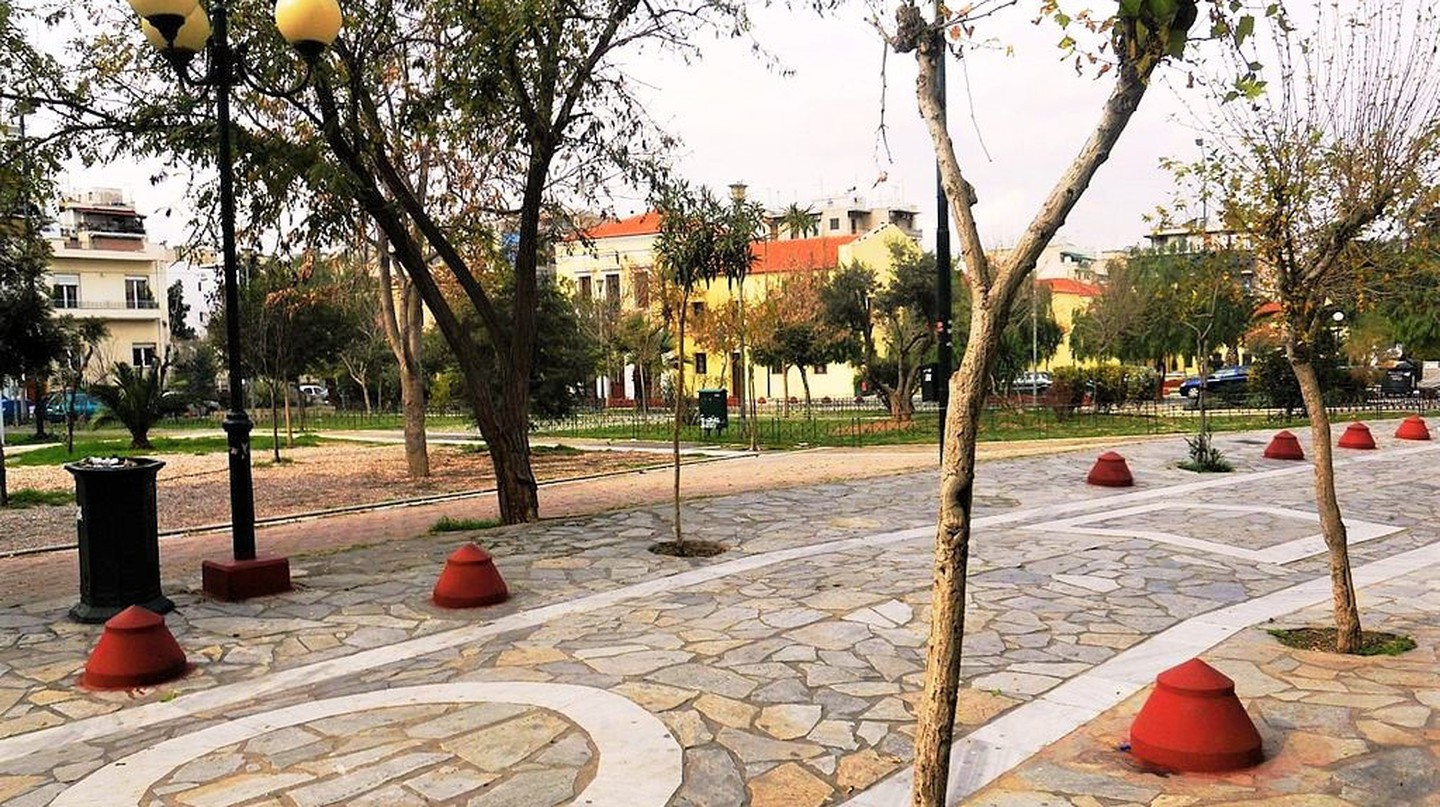 Avdi Square, the heart of Metaxourgeio