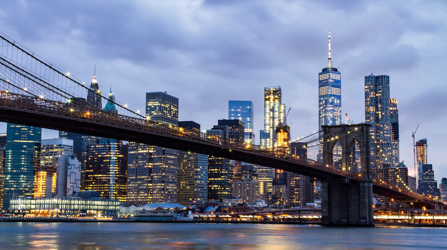 Walk the Brooklyn Bridge to start your tour