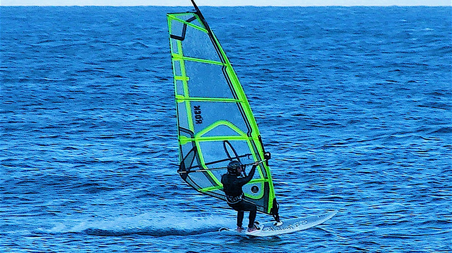 Kite surfing in Malta