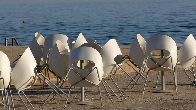 Enjoy outdoor dining overlooking the ocean in Helsinki.