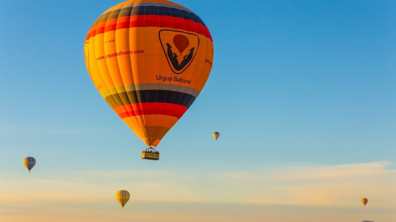 Hot Air Ballooning | © Samuel Wong / Unsplash